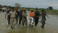 Madhya Pradesh CM Shivraj Singh Chouhan takes human palki. Twitter goes crazy