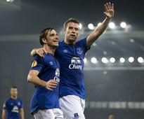 Premier League: Everton's Leighton Baines says the team 'must build on positive festive season'