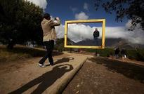 South Africa expects strong tourism growth in 2016 after visa rules tweaked