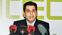 Supreme Court denies bail to Unitech promoter, assures buyers