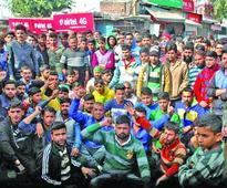 Five of family die in car accident, locals protest