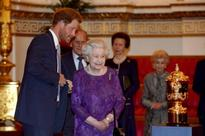 Queen Elizabeth, Prince Harry and the Obamas appear in a hilarious promo video on the Invictus Games [Watch]