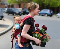 How many moms will be celebrating Mother's Day in the US?