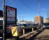 Saskatoon City Hall reviews downtown parking study
