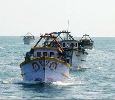 Lankan navy arrests 16 Tamil Nadu fishermen