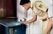Thieves try to steal 42 lakh in 2,000 notes from Maddur Post Office