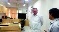 Venkaiah Naidu cracks whip on late comers in ministry