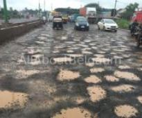 Blame game over Bad Khanapur road But Why should Citizens suffer