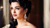 Beauty is transient and changes with time: Aishwarya Rai Bachchan