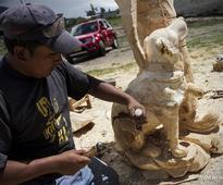 Rescue dog dies due to high temperature after Ecuador quake