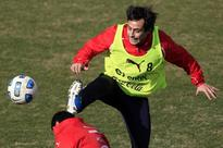 Valdivia's Chile comeback sidelined through injury