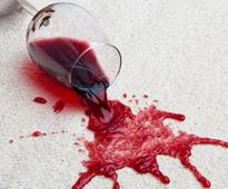 How To Remove Wine Stains From Clothes