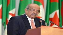 Messahel leads Algerian delegation to extraordinary session of Arab League Ministerial Council