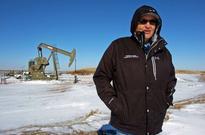 Global increase in air pollutant ethane ties to U.S. oil field