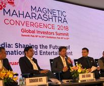 SRK and Ritesh Sidhwani represented the Entertainment industry at the Magnetic Maharashtra Convergence Summit!