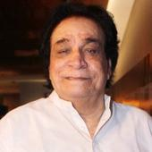 Knee surgery gone wrong: Veteran actor Kader Khan rushed to Canada for treatment