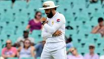 Raja & Akram: Misbah should call time on Paki...