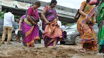Slushy roads, half-ready buildings greet Andhra employees at Velagapudi