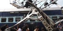 Howrah-Dehradoon Doon Express derailed