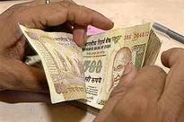 India to take warranted steps to stem Indian rupee fall: Raghu...