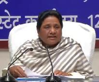 Congress, SP are sinking boats, scoffs Mayawati