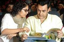 Aamir Khan provides tips to wife for promoting film