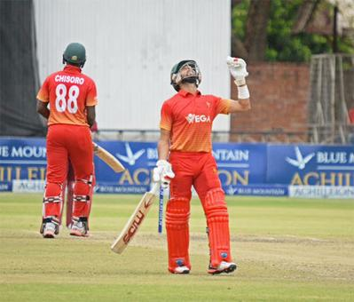 Zimbabwe edge out West Indies to reach tri-series final