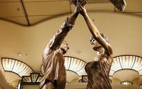 Harrods to return Diana and Dodi statue to Mohamed al Fayed