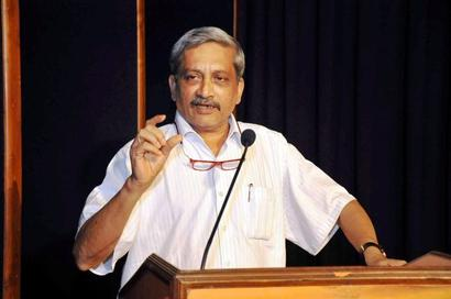 Parrikar admitted to Mumbai hospital with stomachache
