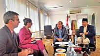 US ambassador calls on commerce minister