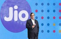 Mukesh Ambani doesn't want Reliance Jio to be a small player; is raking in $4.4 billion more in it