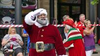 First black Santa makes appearance at Mall of America