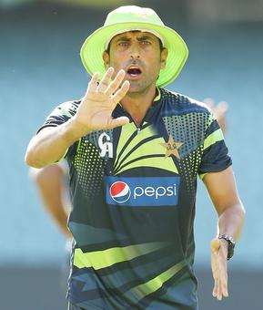 After Misbah, Younis Khan announces retirement