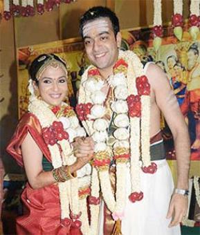 Rajinikanth's daughter Soundarya heading for divorce