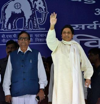 Desperate BJP accepting BSP's 'rejected maal': Maya