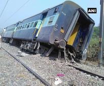 8 coaches of Rajya Rani Exp derail near Rampur, 2 injured