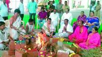 Jangaon JAC performs Jwala Sudarshana Narasimha Sahitha Chandi yagam for district