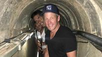 Lance Armstrong visits Gaza border region, Hamas