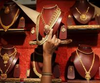 Many jewellers reopen shops; gold discounts drop