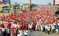 Long march of farmers reach Mumbai, to lay siege to Assembly