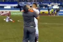 Forget Diego Costa - Panama star gets REALLY angry with his manager after a substitution