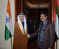 UAE to store oil in India; offer over 60% for free