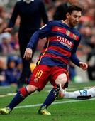 Roman Abramovich meets Lionel Messi's father on his luxury yacht - report