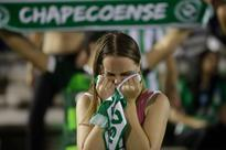 Colombian authorities search for answers in deadly plane crash as Chapecoense fans mourn