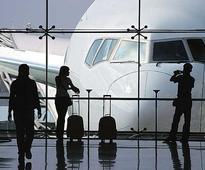 Airlines spar over pilot notice period