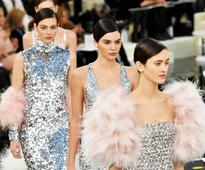 Kendall, Bella & Lily-Rose Depp Walk In Chanel Couture Show