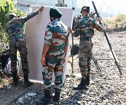 Army starts constructing new FOB at Elphinstone station weeks after stampede