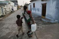 Solar-powered desalination device quenches thirst in rural India