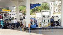 LMO comes down hard on 'cheating' petrol pumps in city