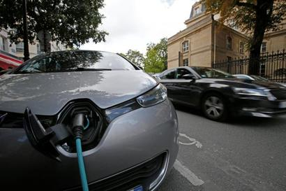 M&M inks pact with Ford to boost e-cars dream